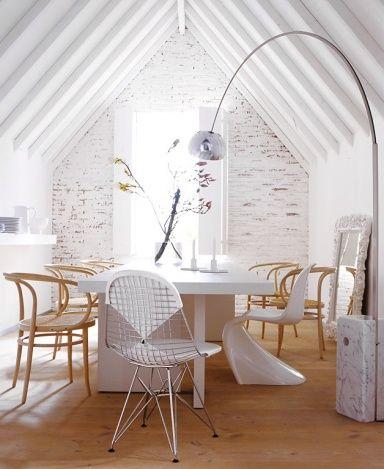 Wohntipps für den Essplatz | Bogenlampe, Bugholzstühle und 100 euro