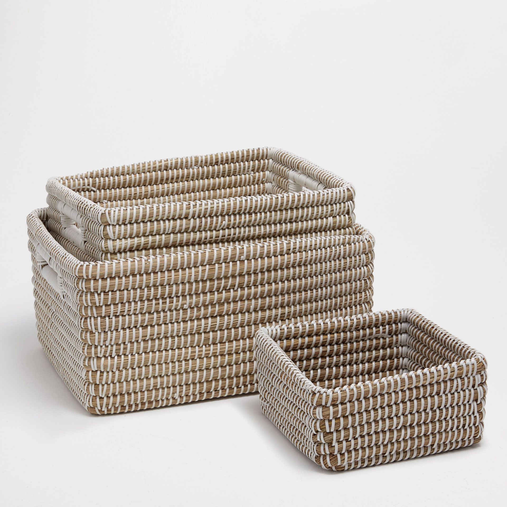 Image 1 Of The Product Natural Fibre Basket 15 X 12 X 8 Korg