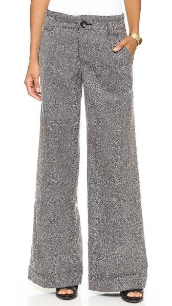 d1296c4077 Wide Leg Pants For The Pear Shape - Project Motherhood via @projmotherhood # fashion #shopping
