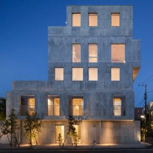 Hiroyuki Ito completes Tokyo housing block  with staggered concrete silhouette