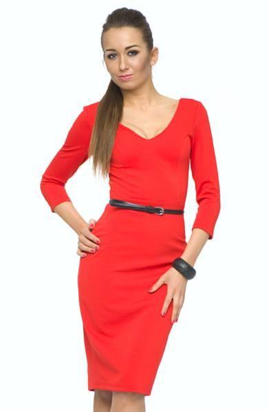 Купить трикотажное красное платье