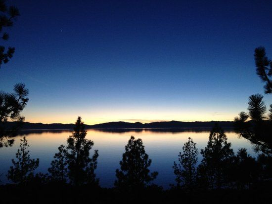 Lake Tahoe Sunset (via Sonia2263730)