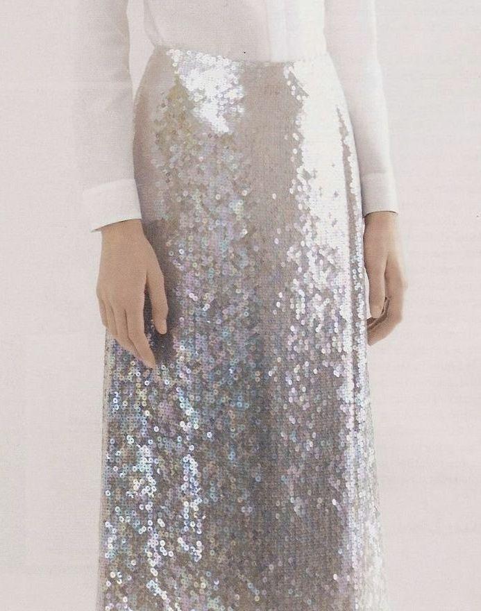 Silver glittery skirt. #silber #glitzer #rock #mode #weiß