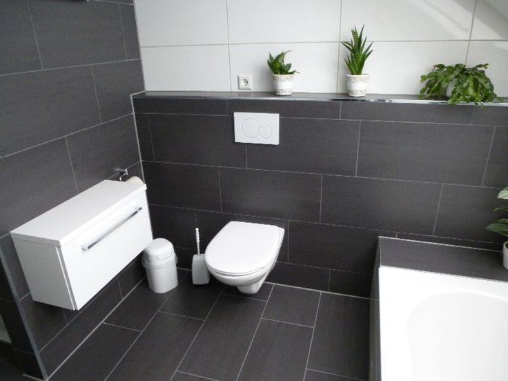 Badezimmerideen Beispiele Bad Und Beispiele Bad Und Wohnraume Mit Fliesen Fliesenverlegung Leibssl Salle De Bain Decoration Toilettes Idee Salle De Bain