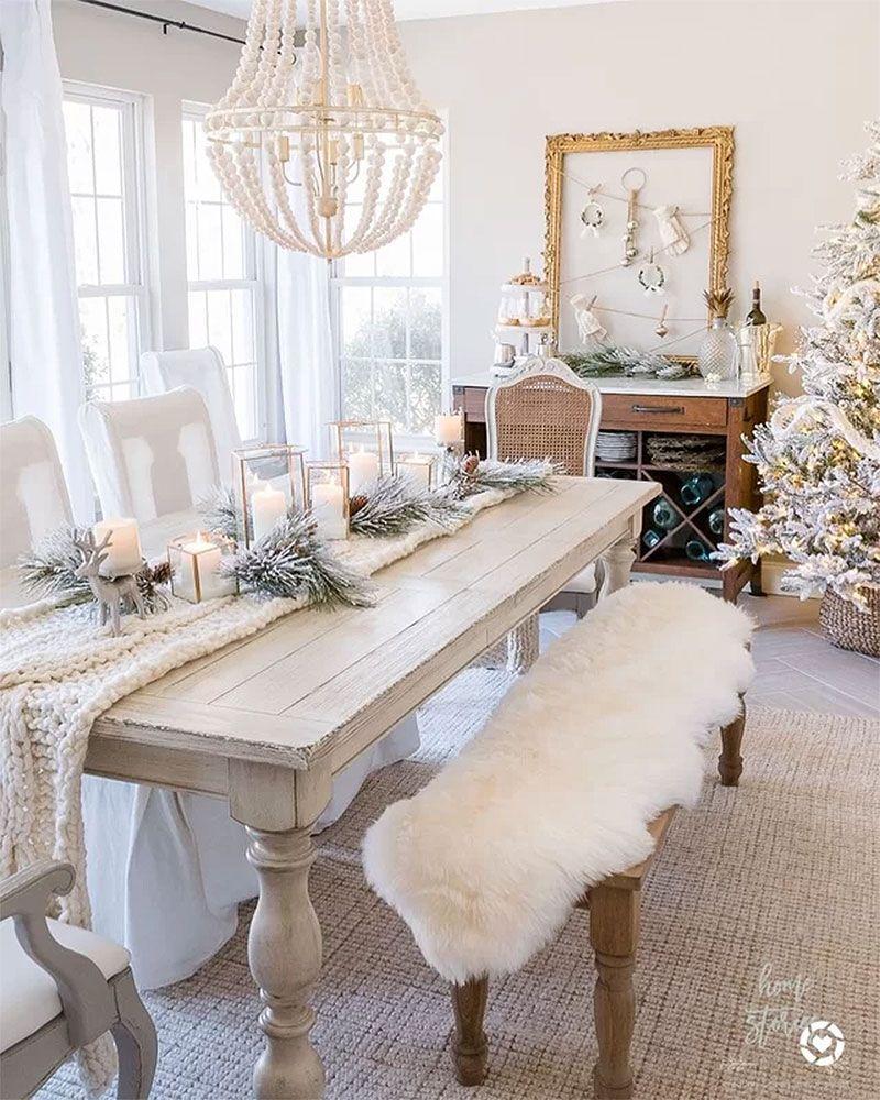 33 Inspiring Christmas Decor Ideas To Elevate Your Dining Table Christmas Dining Table Christmas Dinner Table Christmas Dining Table Decor