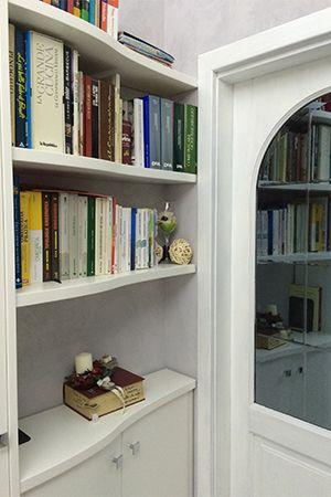 Mensole su misura per libreria soggiorno | Mobili soggiorno su ...