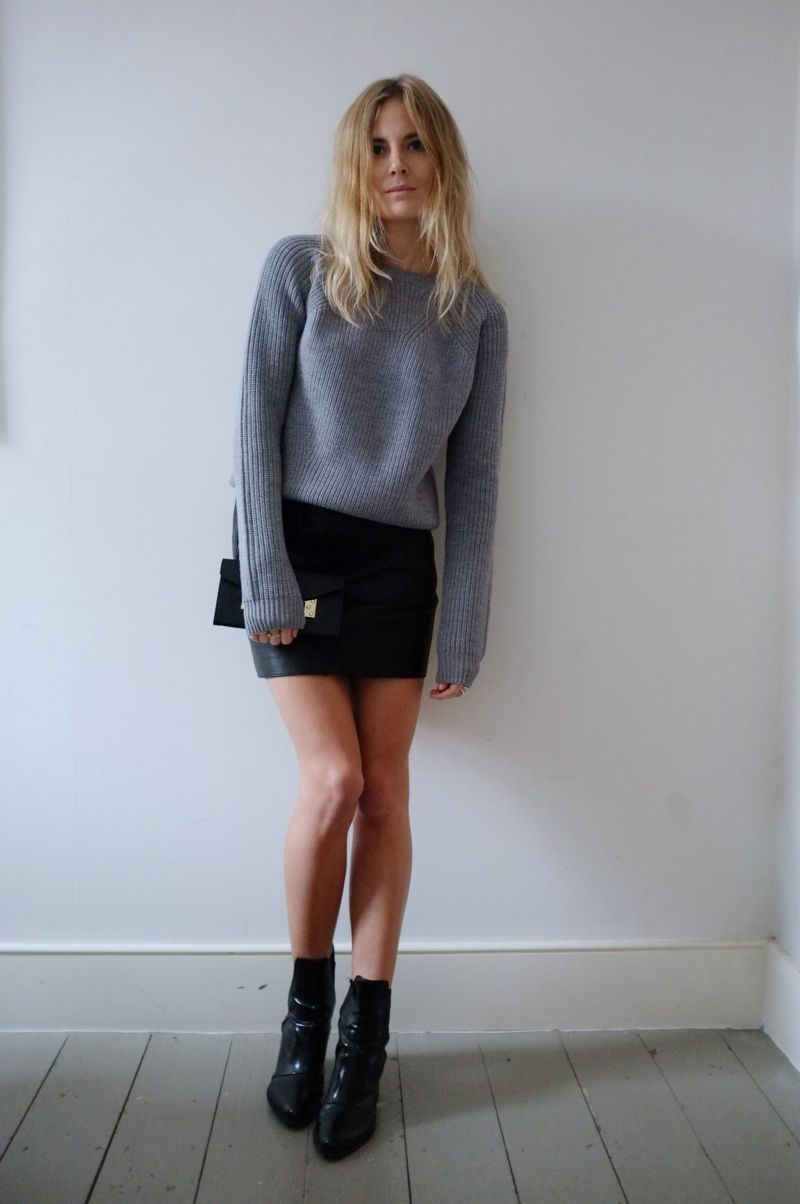 0008c0ca8bf Pic. Simple outfit  black mini skirt with grey sweater and black ...