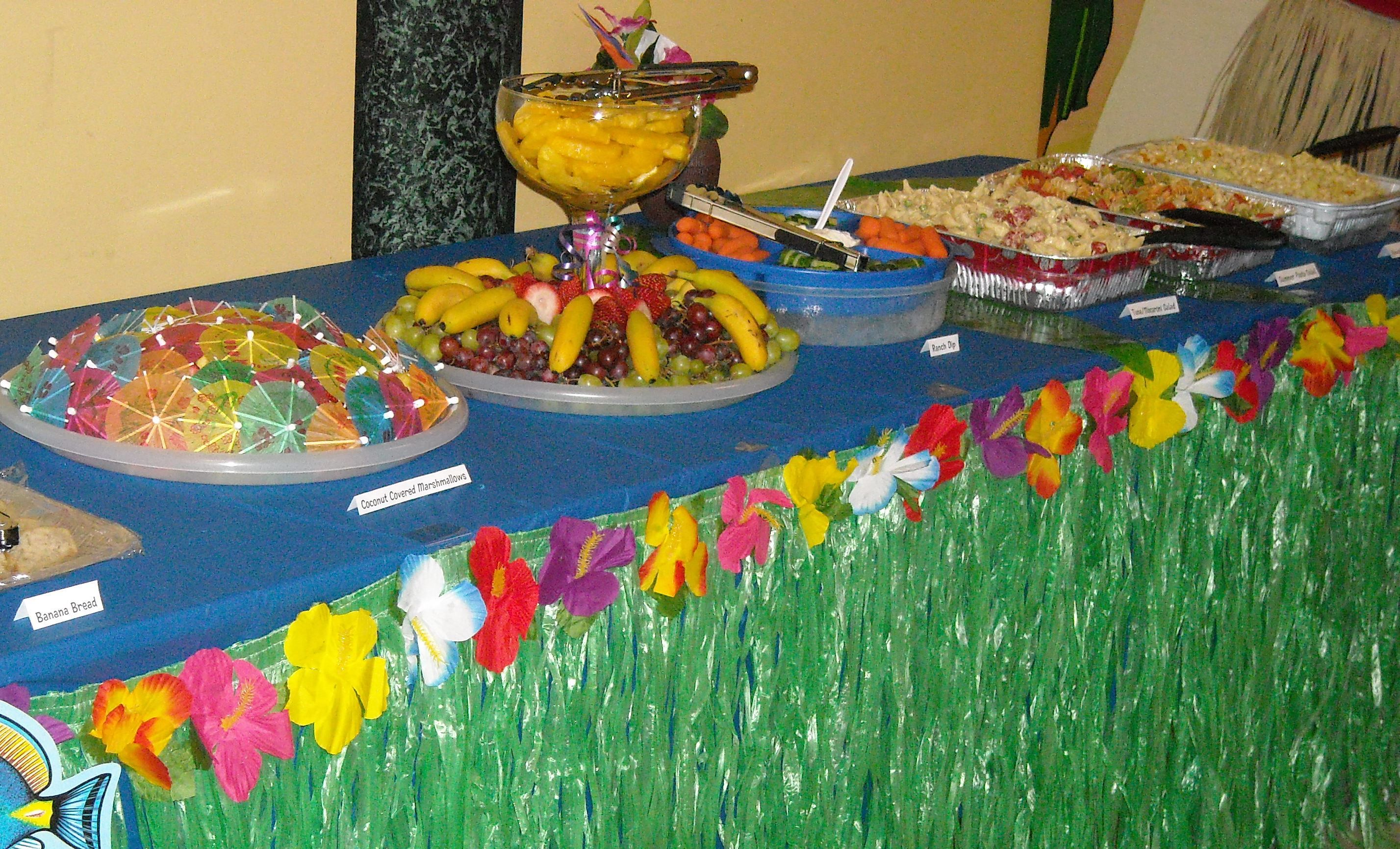 Luau party ideas be organized make lists for needed for Hawaiin decorations