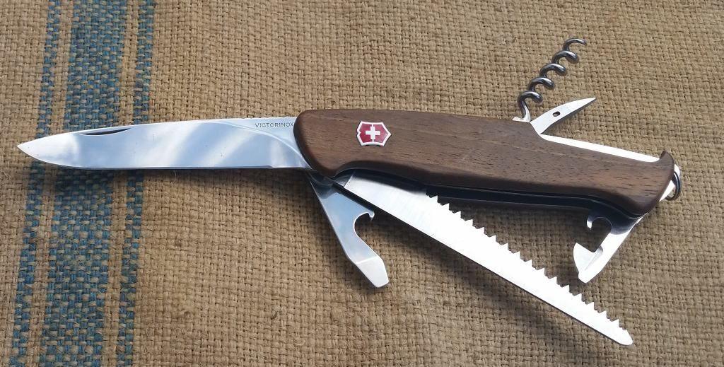 Victorinox Ranger Wood 55 Schweizer Messer Taschenmesser Test