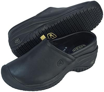 keen kitchen shoes simulator restaurant and women s clog