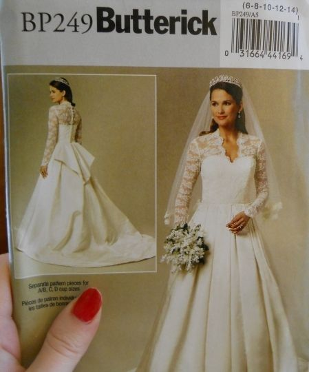 Duchess of Cambridge's wedding dress pattern.