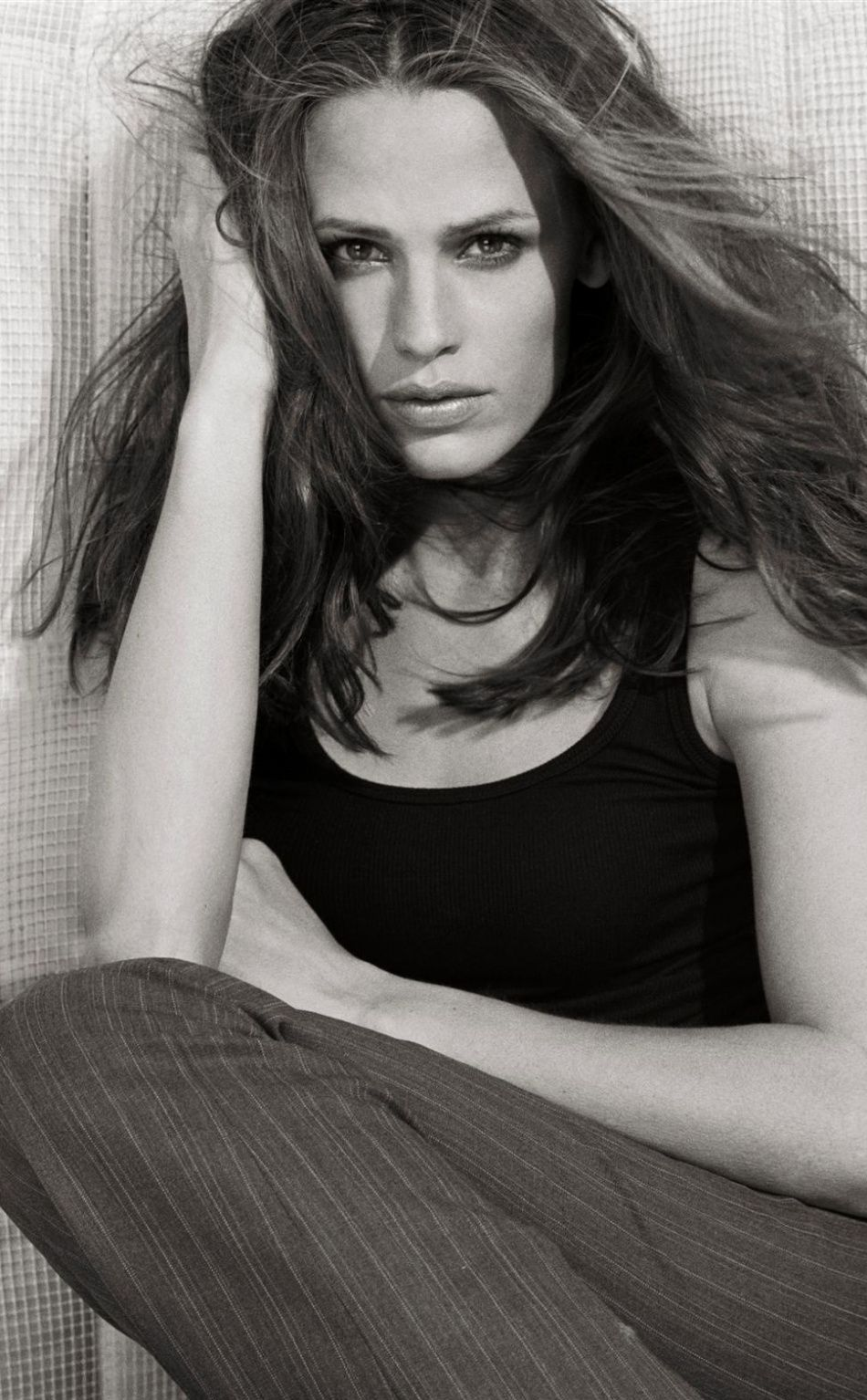 Celebrity, Jennifer Garner, actress, bw, 950x1534