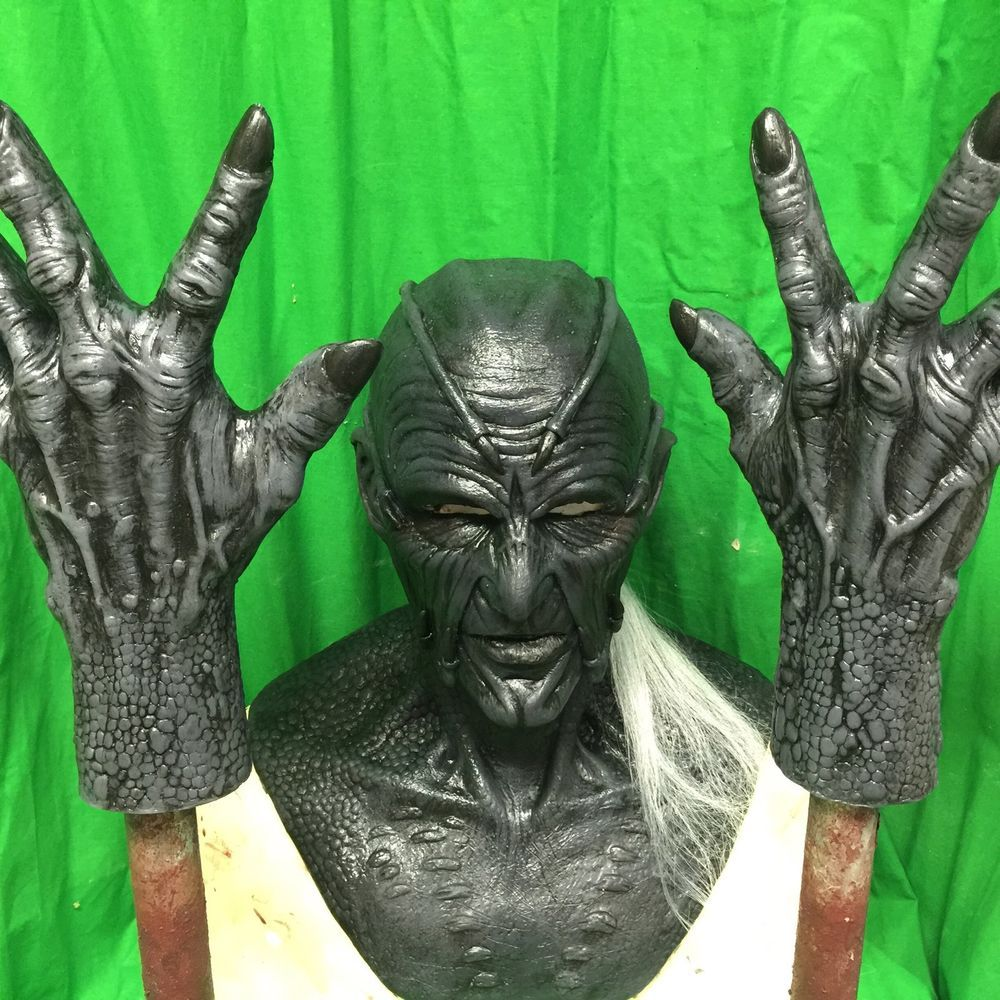 Jeepers Creepers Silicone Mask And Matching Silicone Gloves WFX ...