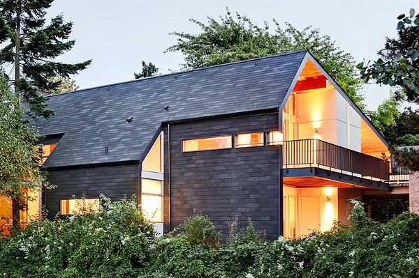 Queen Anne Mid Modern Residence In Seattle Mid Modern House Modern Architecture Architecture
