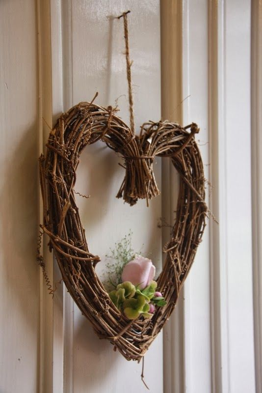 The front door was dressed with a wicker heart finished off with a beautiful \ Faith & The front door was dressed with a wicker heart finished off with a ...