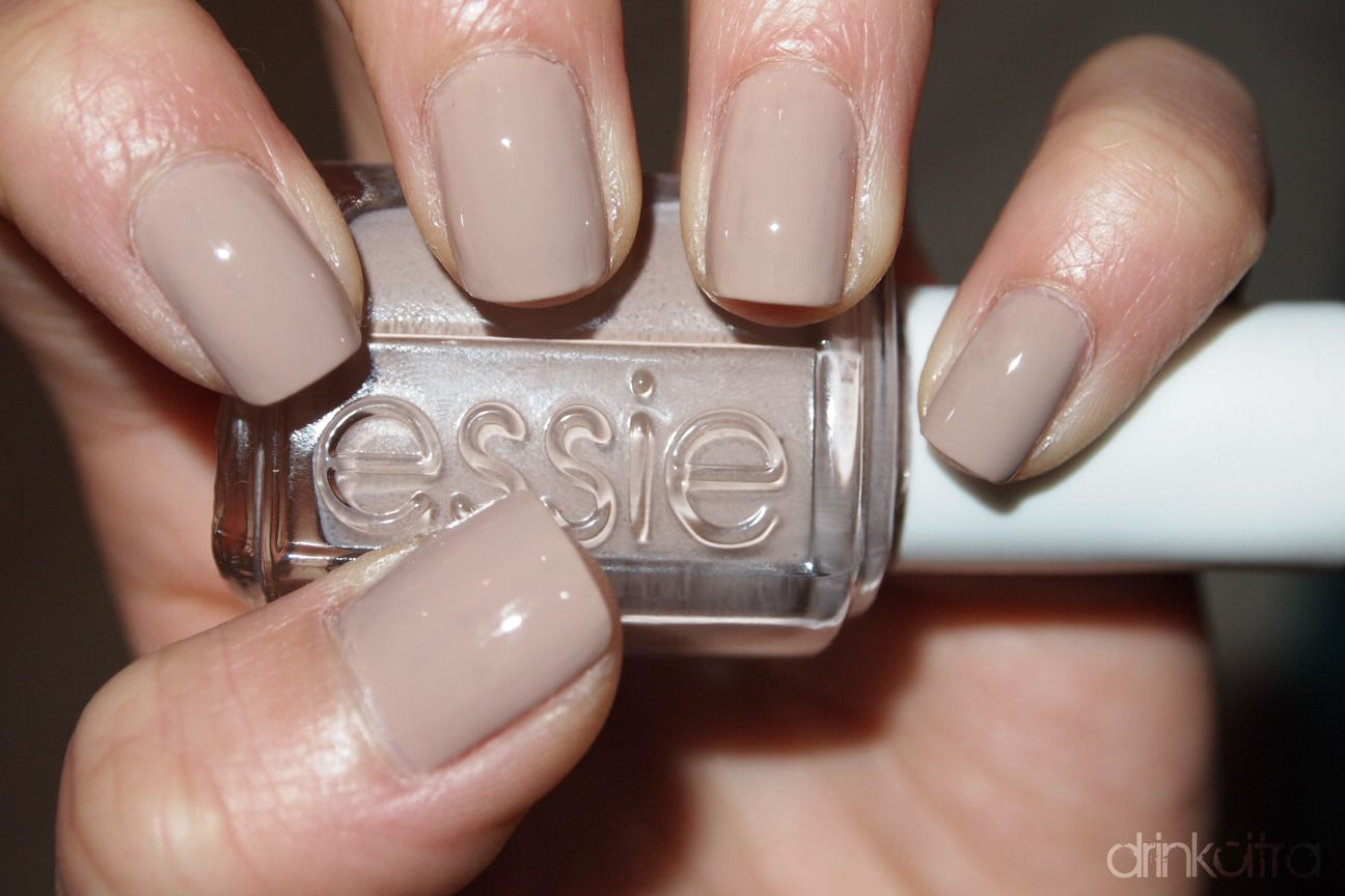 Essie Jazz My Fave Nail Polish Of All Time Looks Diffe Depending On The Light Sometimes Taupe Gray Emily Jones Great Neutral For