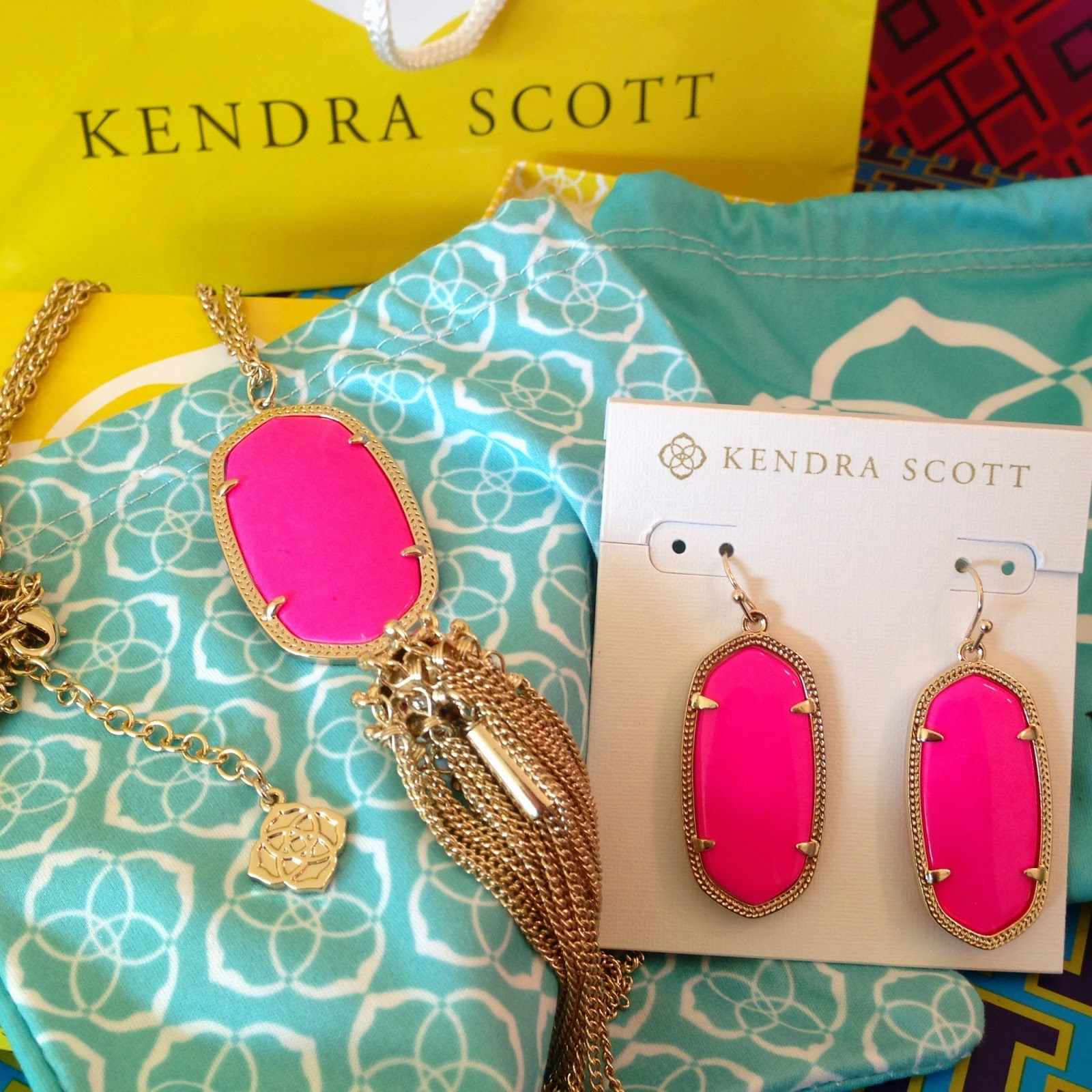Kendra Scott offers jewelry, home decor, gifts and beauty. From decorative trays to nail polish, earrings, necklaces, bracelets and more, shop shopnew-l4xmtyae.tk