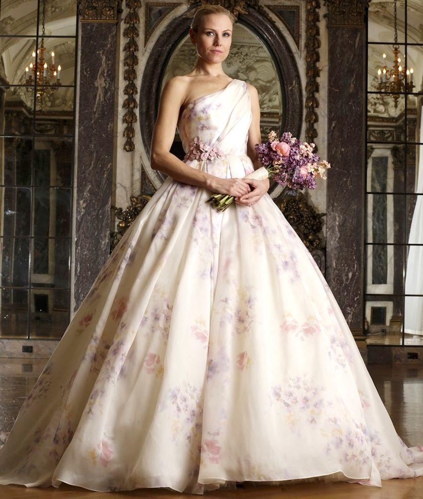 15 Ways To Use Pretty Fl Prints In Your Wedding Decor Flower Print Dresses