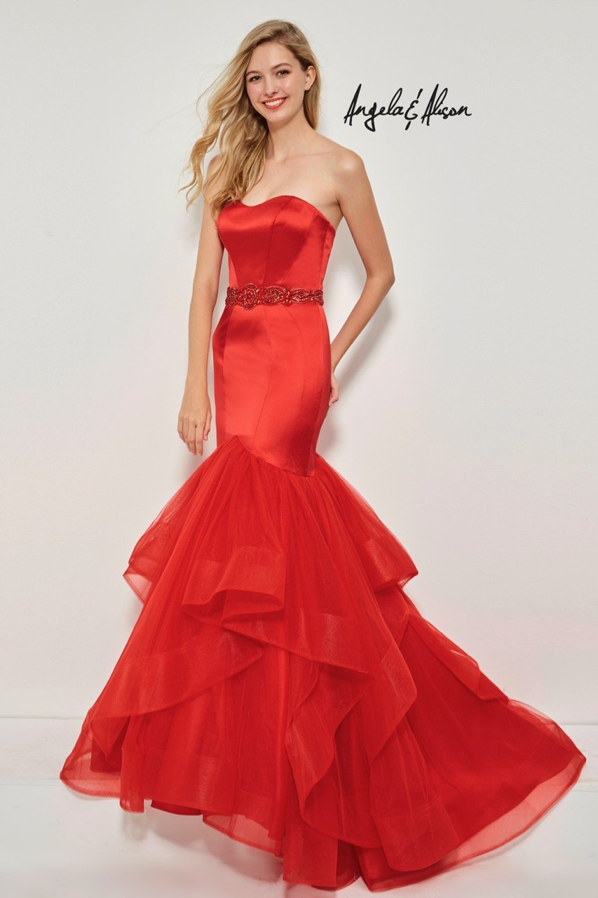 26e343eb53 Strapless trumpet gown with a tulle tiered skirt and waistband Perfect for  prom