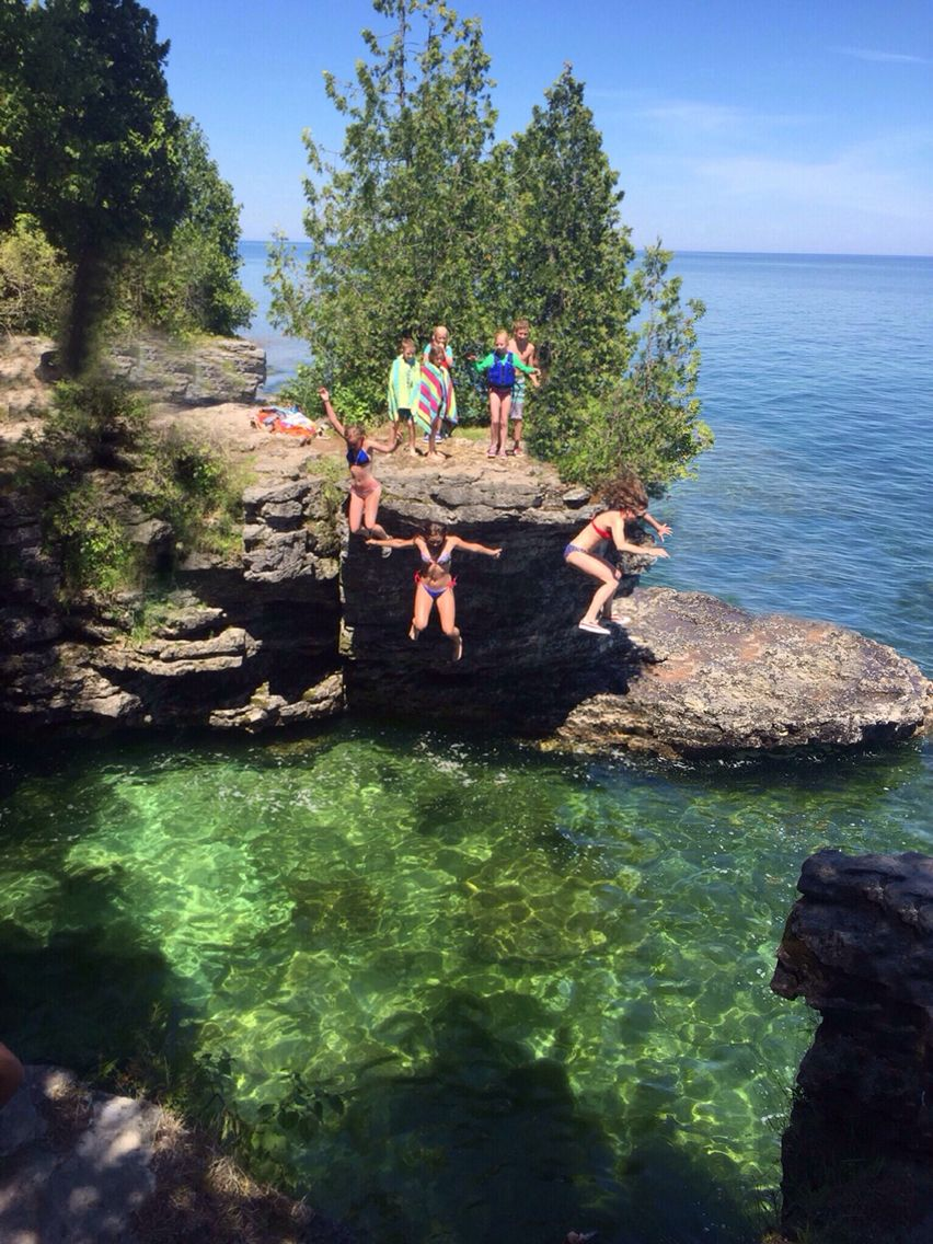 Jump of the cliffs at Cave Point County Park | Door County Adventure