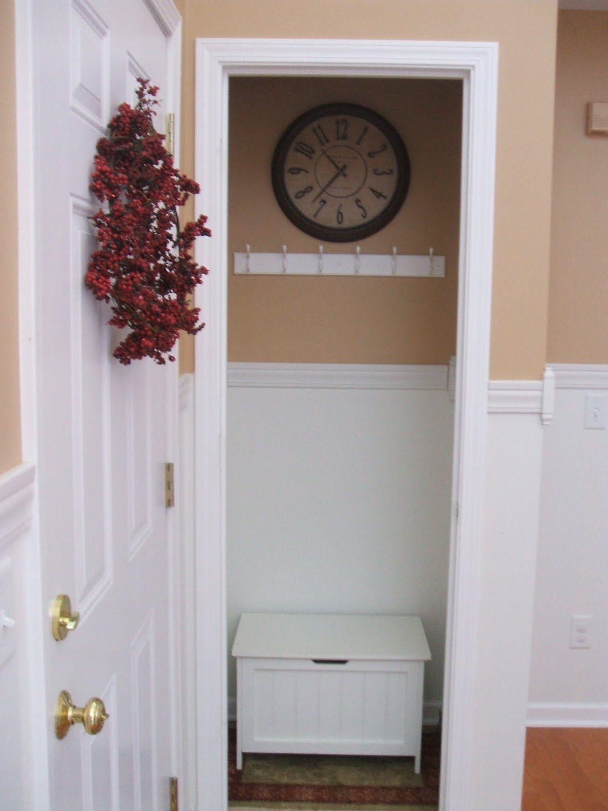 No Foyer Ideas : Foyer closet no door like that idea mi casa es amor