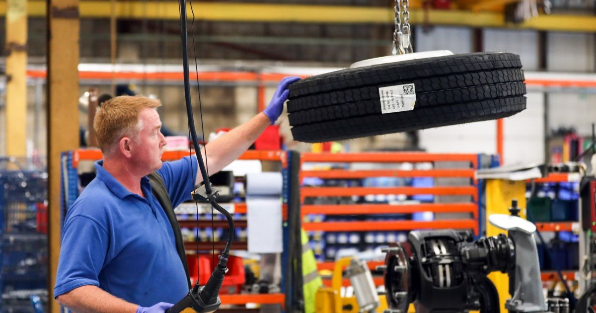 U.S. Manufacturing Production Unexpectedly Shrinks in