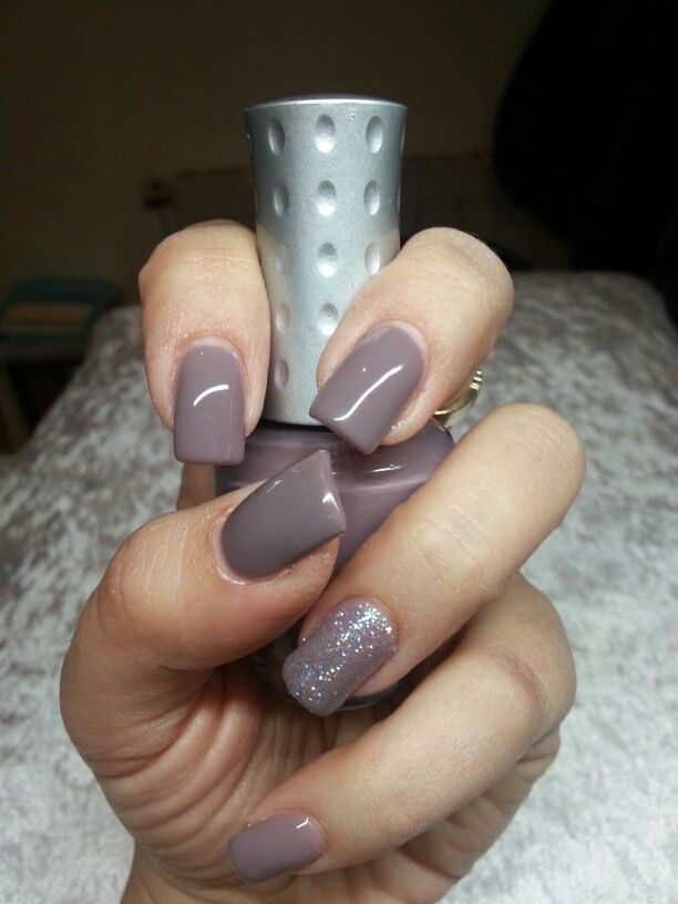 Taupe Nails Gel Polish Glitter Taupe Nails Gel Nails Nails