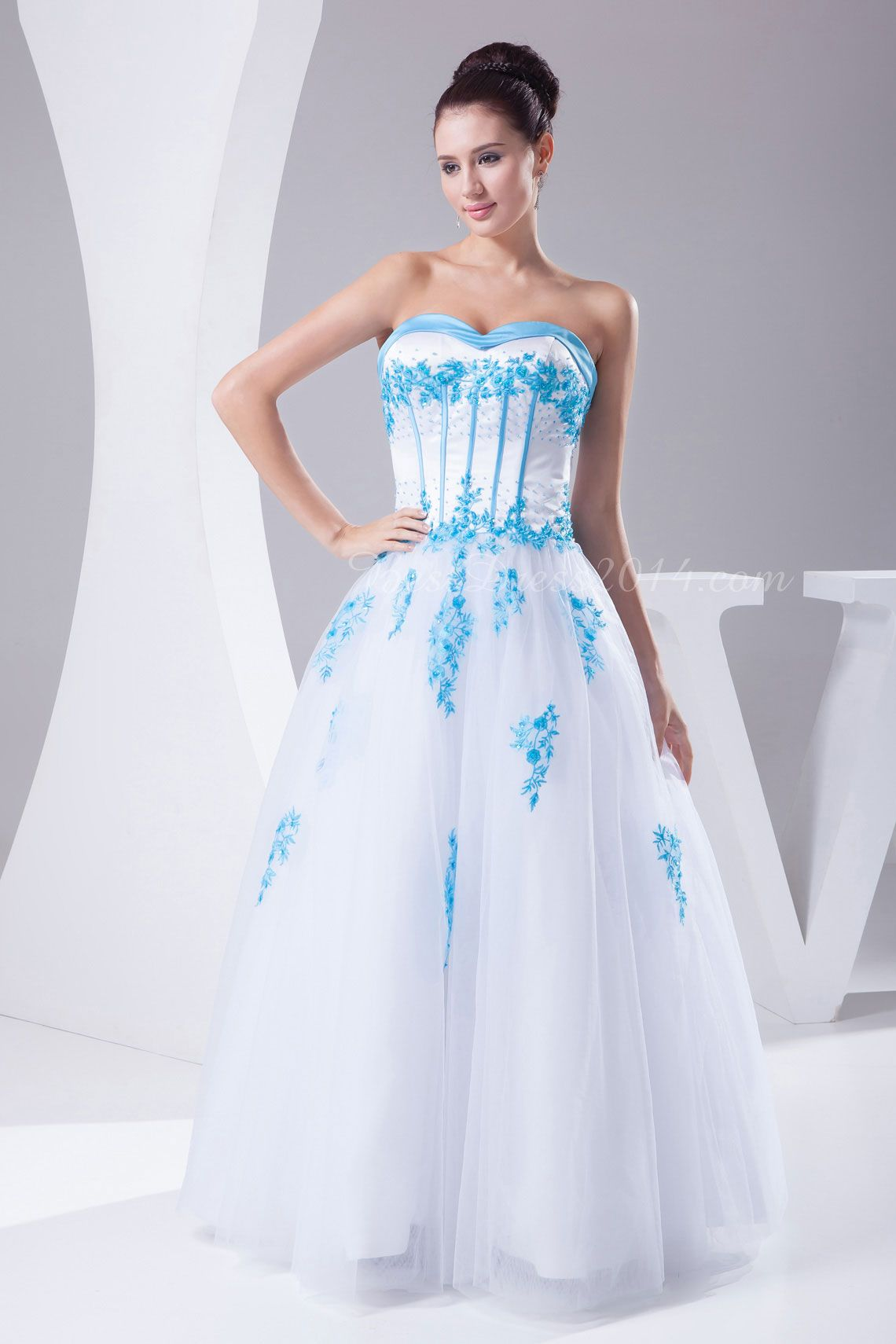 Tulle laceup natural waist pongee sleeveless embroidery wedding
