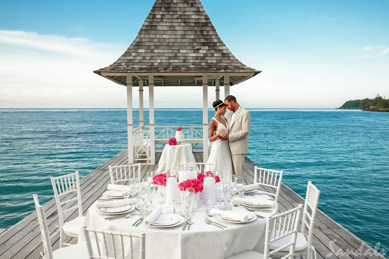 You Can Now Marry in This Amazing OverWater Chapel in the