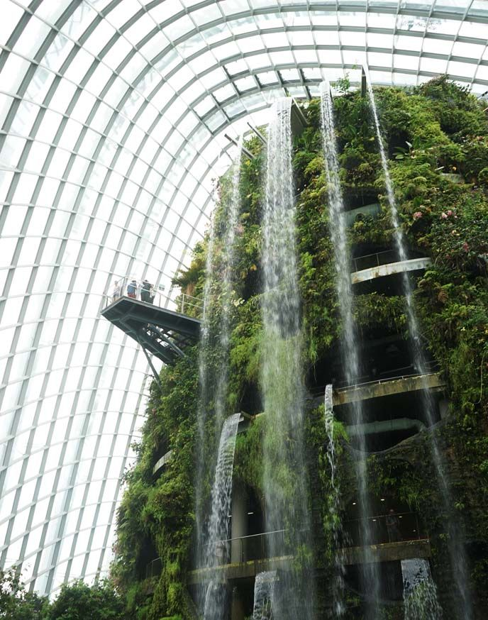Giant Glass Roof Dome Courtyard Google Search Singapore Garden Visit Singapore Gardens By The Bay