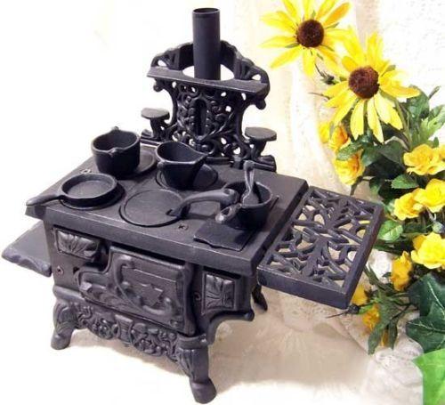 Antique Style Cast Iron Cooking Oven Pots Pans Set Miniature Wood Burning  Stove - Antique Style Cast Iron Cooking Oven Pots Pans Set Miniature Wood