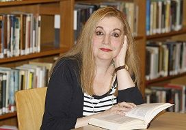 La Corte del Diablo estará en las librerías a partir del 27 de enero. Ediciones Áltera publica una entrevista con la autora: http://novedadesaltera.com/2014/12/29/entrevista-autora-la-corte-del-diablo/