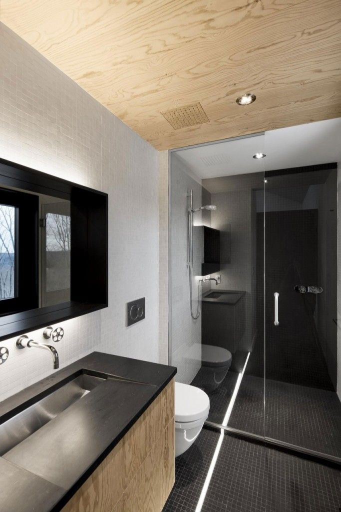 Black and Wood Bathroom, Bolton Residence by NatureHumaine - Decorextra