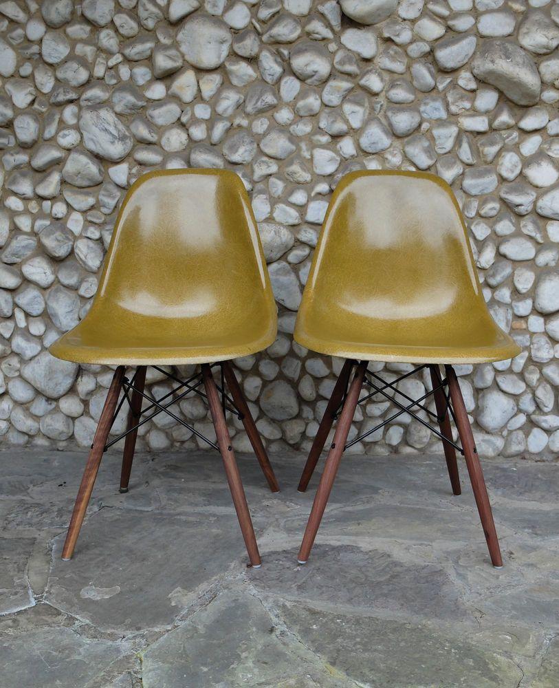 Lieblich Paire Eames Sidechairs Herman Miller Vitra Dowel DSW Olive Chair