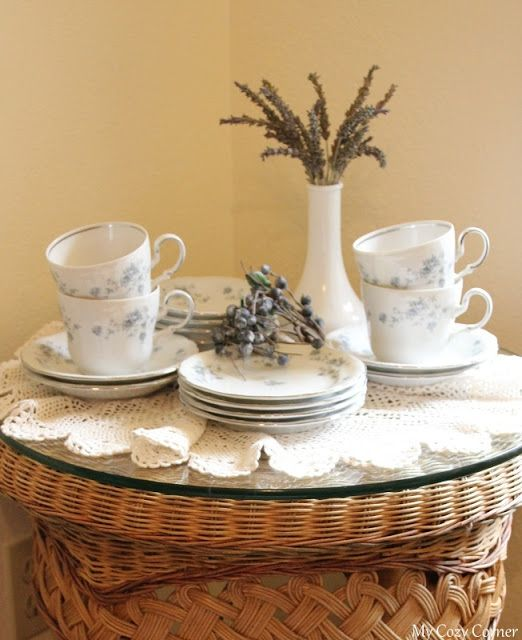 My Cozy Corner: Blue and White Dishes