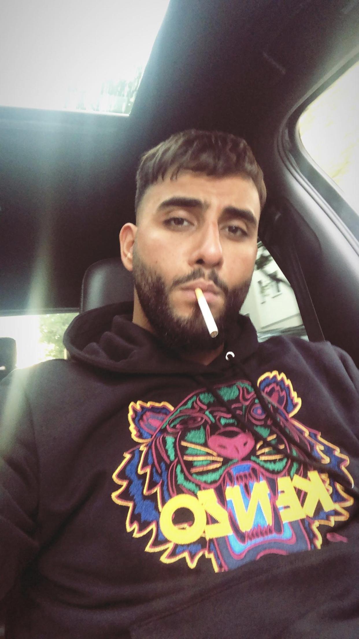 Pin Von Alimrou Auf Samra Rapper Rap Deutsch Rap