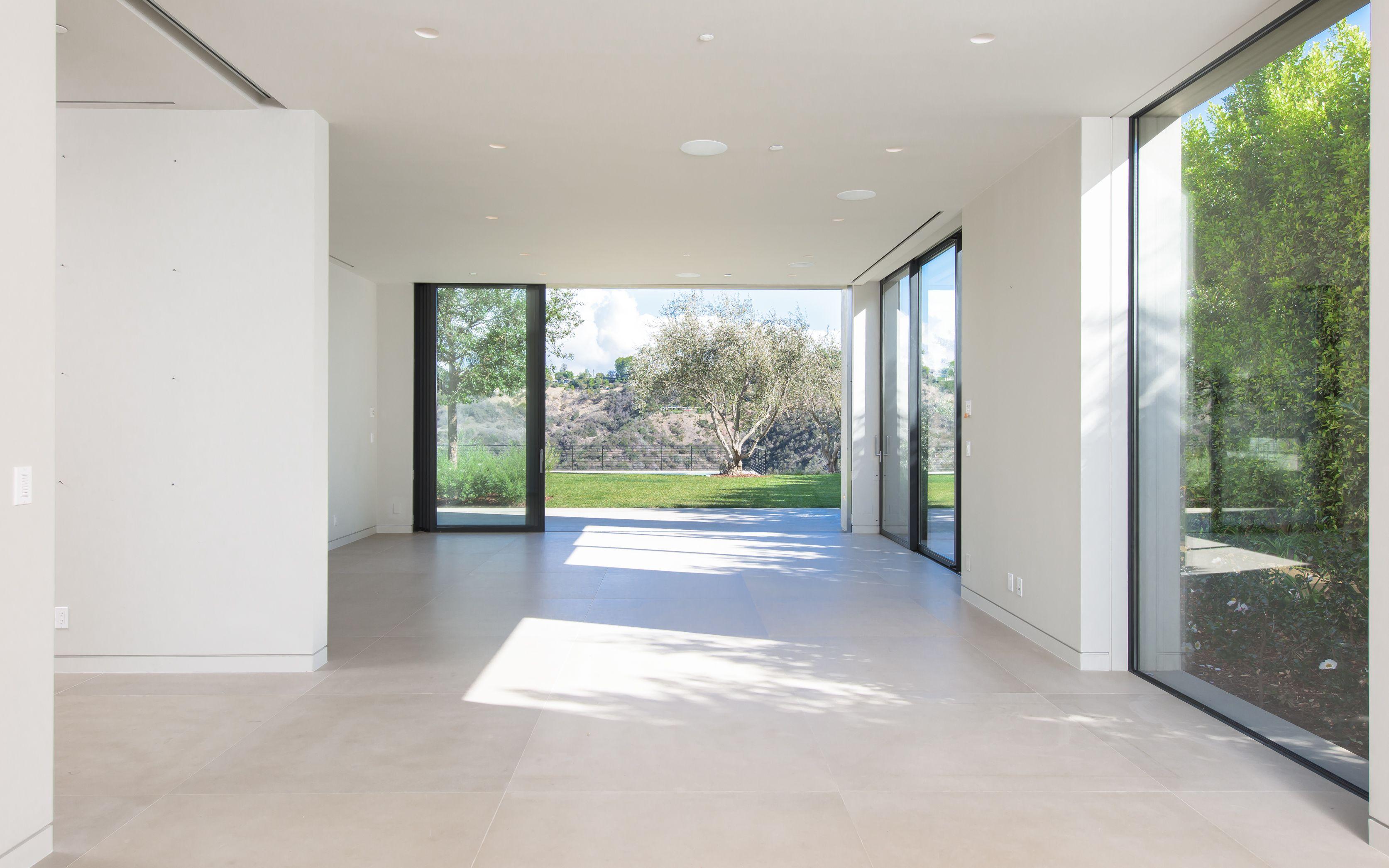 Inside Kim and Kanye's Multimillion Dollar Mansion Sale ...