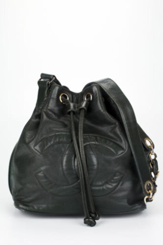 6f6a3723e8152 CHANEL SHOULDER BAG | Bag it! | Bags, Chanel shoulder bag, Shoulder bag