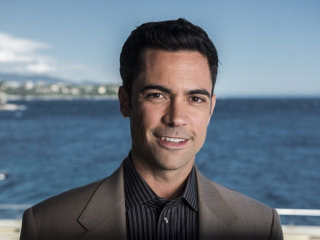 Danny Pino laughing. Love it! His characters never laugh. | Guapo ...
