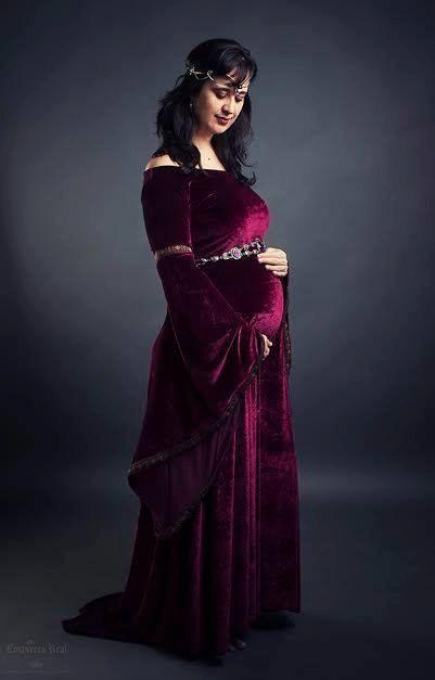 Medieval Pregnant Dress Google Search Centuries Ago