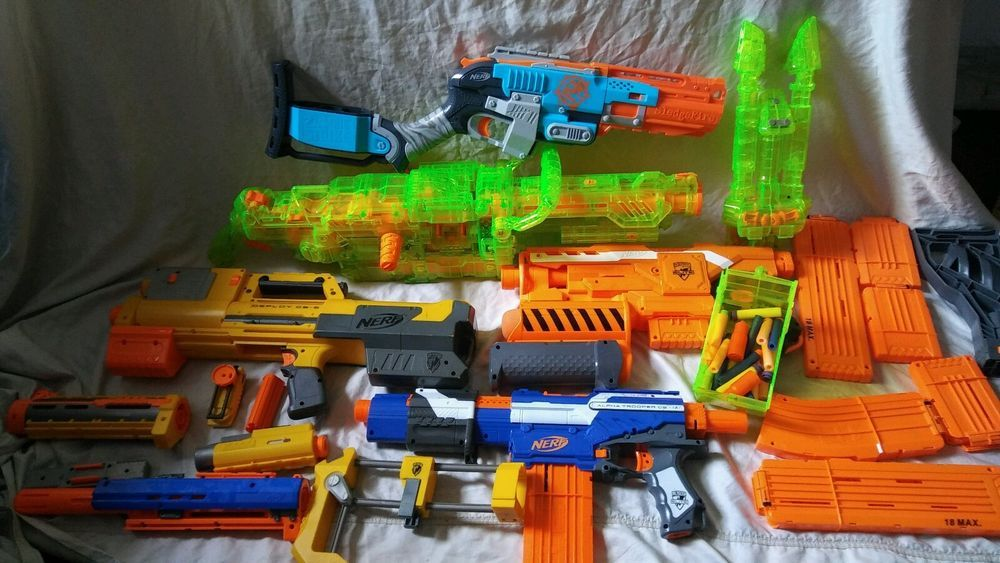 Lot Of 5 NERF Guns & Accessories N Strike SledgeFire For Parts Or Repair # NERF