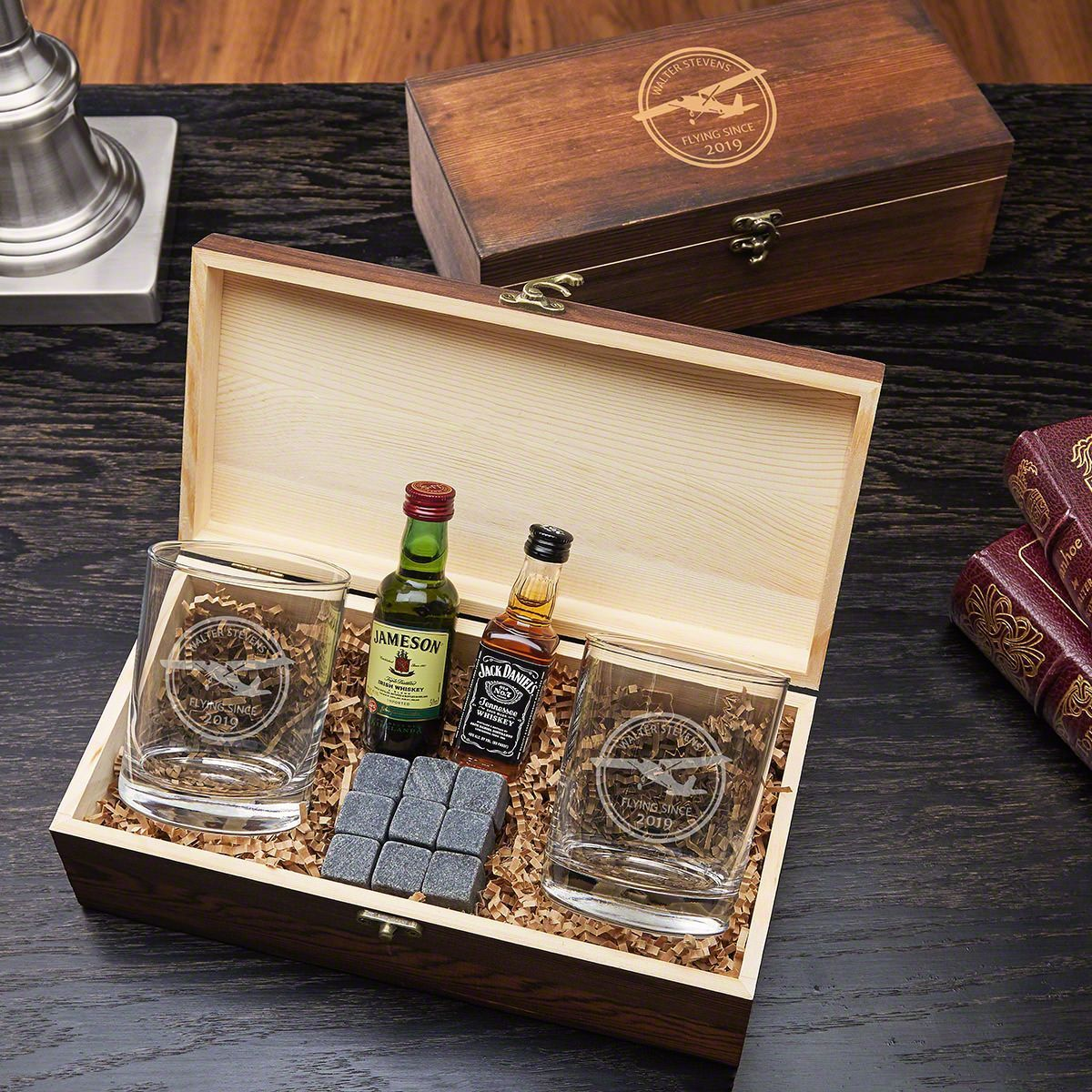 Aviator engraved whiskey set gift for pilots whiskey