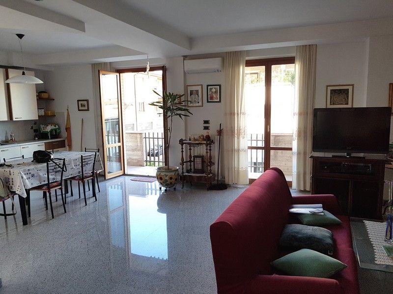Alkadia Immobiliare propone in affitto, un bellissimo