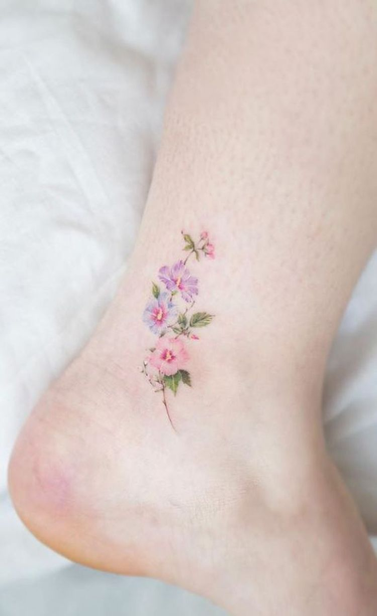 25 Cute Tiny Floral Ankle Tattoo Ideas Cool Small Tattoos Small Tattoos Body Art Tattoos
