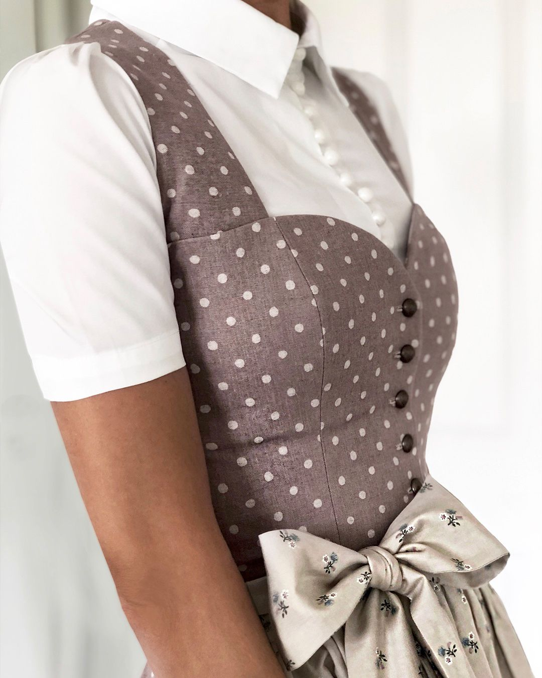 Pin von Teri auf Creative things to do and know | Dirndl ...