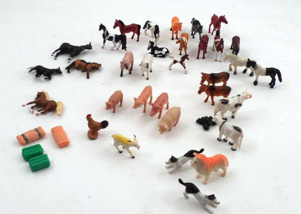 37 Piece Lot Small Plastic Farm Animals Toys Dogs Cows Horses Pigs
