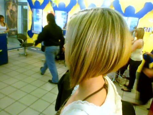 Carré Plongeant Cheveux Fins Visage Rond Beauté Make