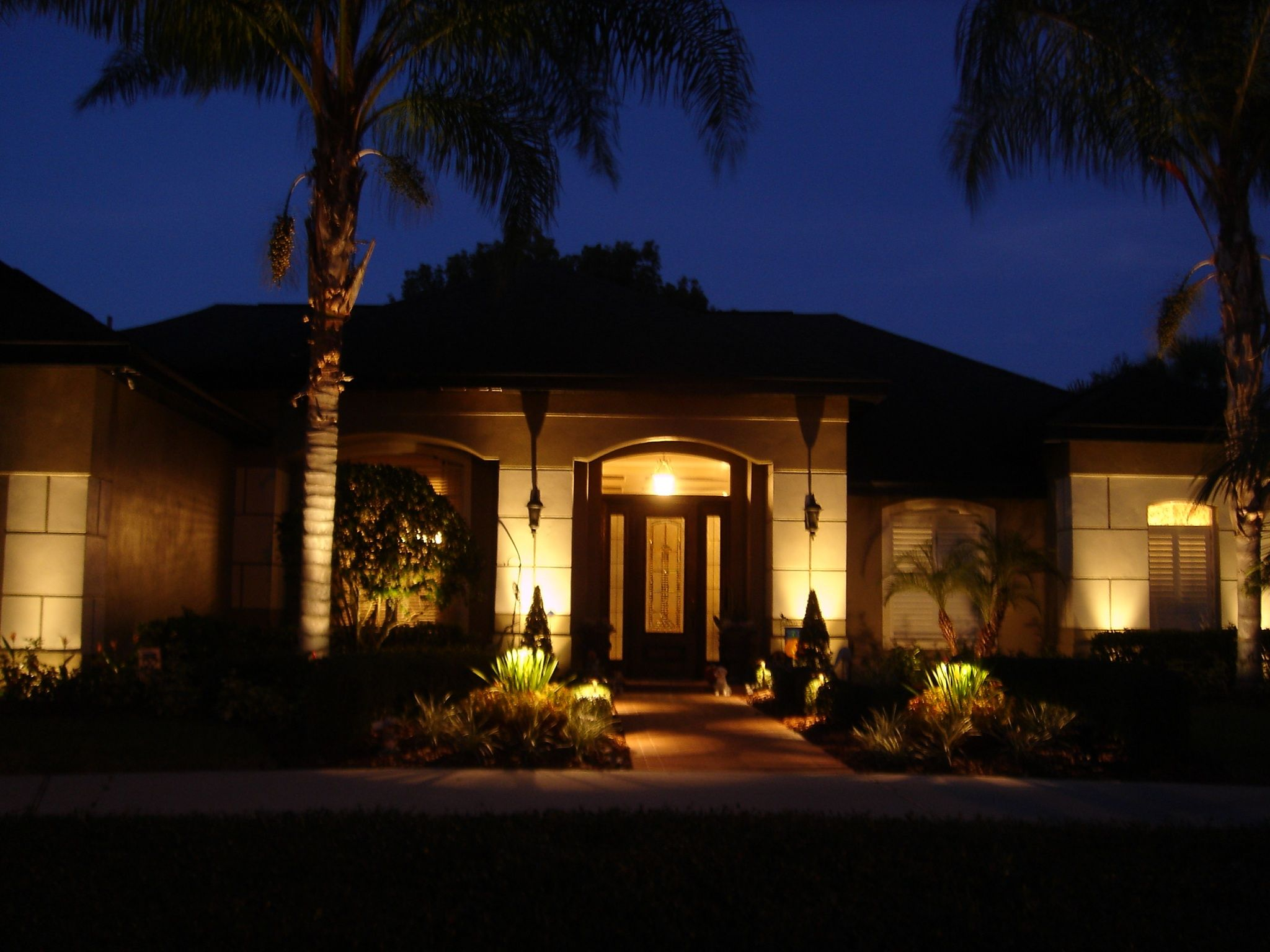 75 Beautiful and Artistic Outdoor Lighting Ideas