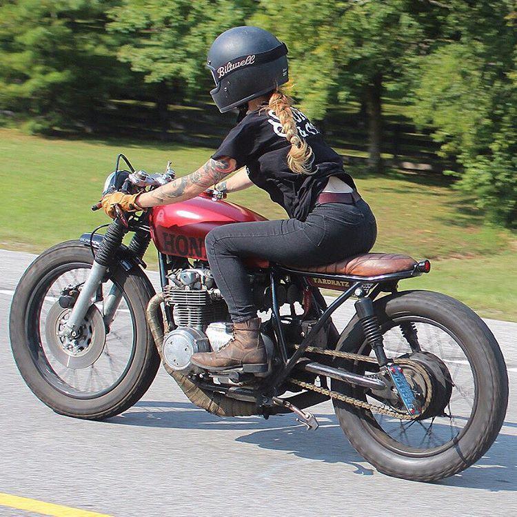 D A N I E L L E V E E On Instagram Riding Around Gettin It Shirt Stuntandco Helmet Biltwell Pho Cafe Racer Moto Motorcycle Girl Vintage Cafe Racer
