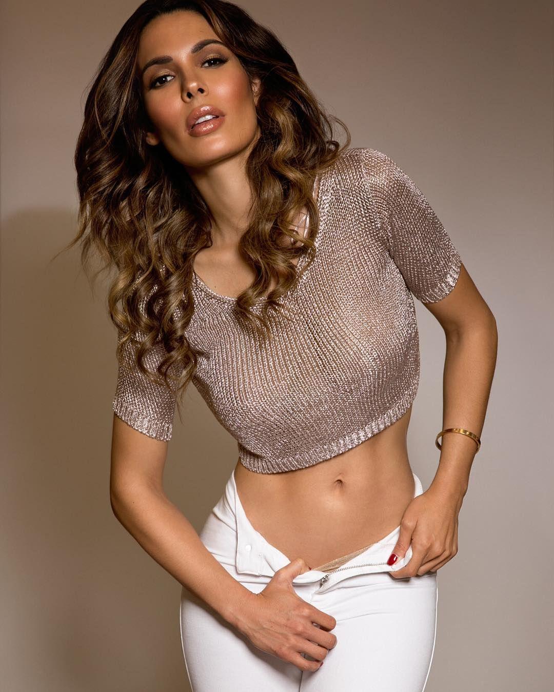 pictures Nadine Velazquez